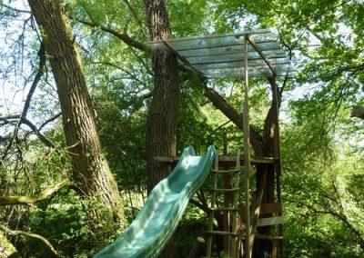 Tuin boomgaard boomhut 2
