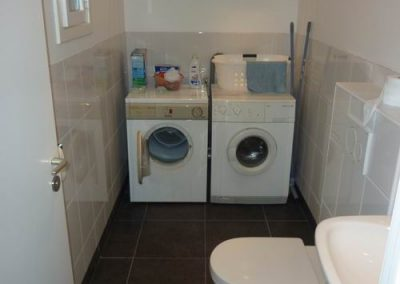 5NH-BG-Toilet-en-Wasmachineruimte